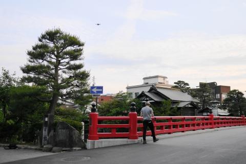 中橋と外国人