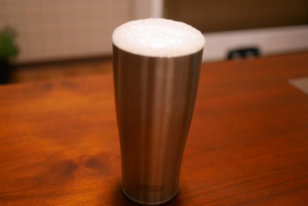 サーモス真空断熱タンブラーにビール